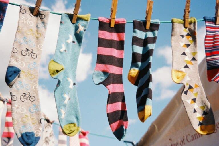 Socken an Wäscheleine